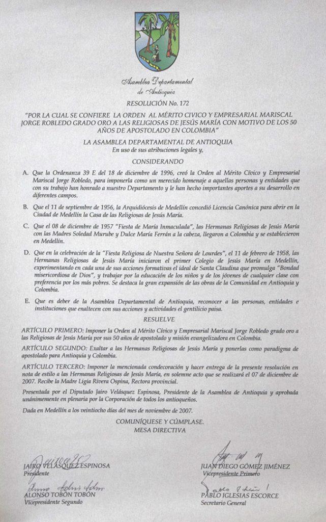 Condecoración orden al Mérito Cívico y Empresarial Mariscal Jorge Robledo grado oro